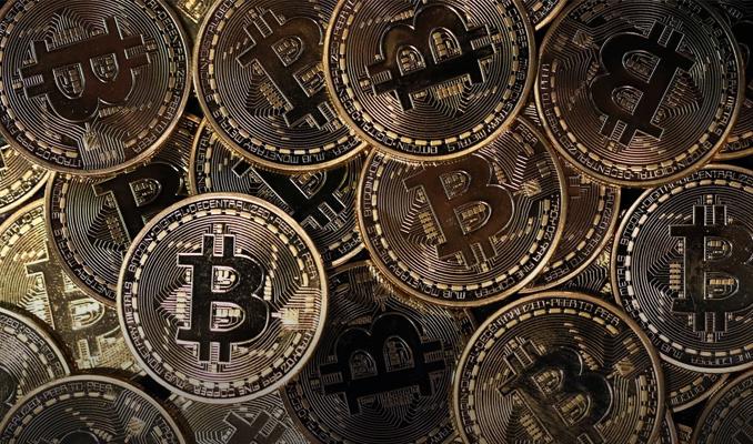 bitcoinde-dusus-suruyor