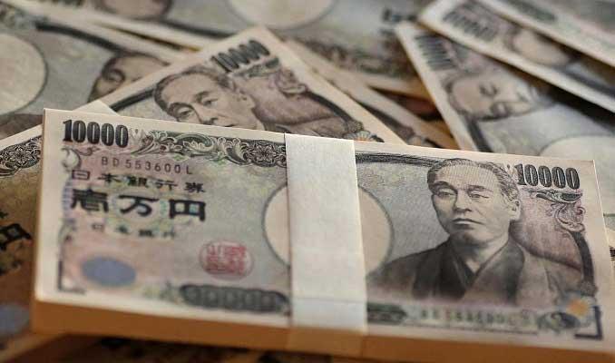 yen-altin-hafta-oncesinde-dolar-karsisinda-yukseldi